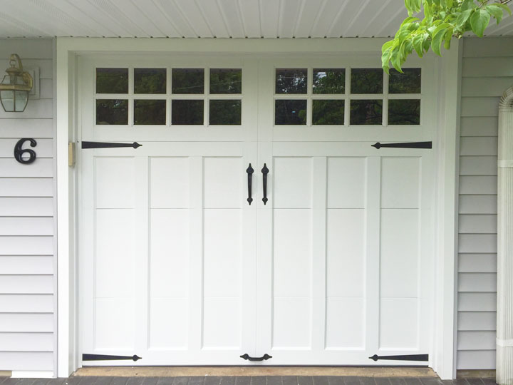 coachman-garage-door-installation-in-kendall-park-nj
