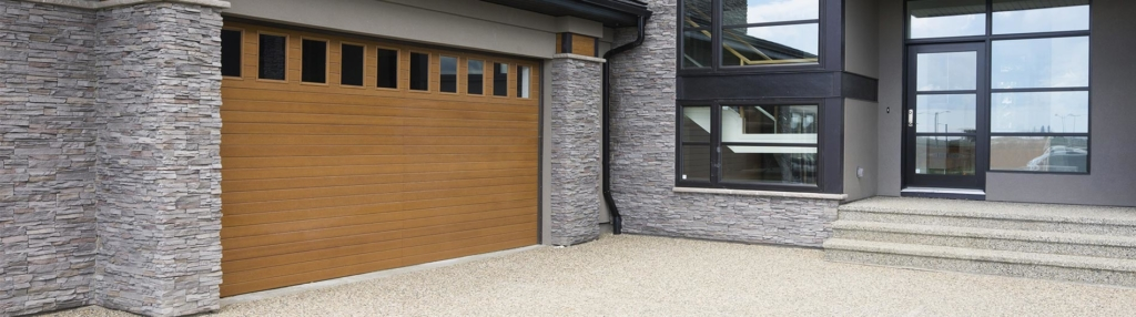 9800 Fiberglass Garage Door Horiz VGroove Natural Oak